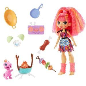 Игровой набор Барбекю с куклой Эмберли «Пещерный клуб» Cave Club Mattel